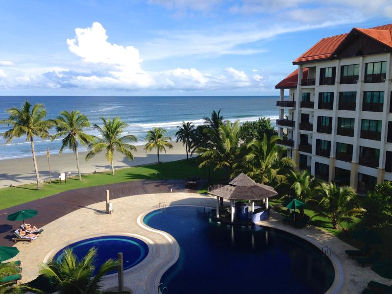 Relax by The Sea, holiday rental in Kota Kinabalu