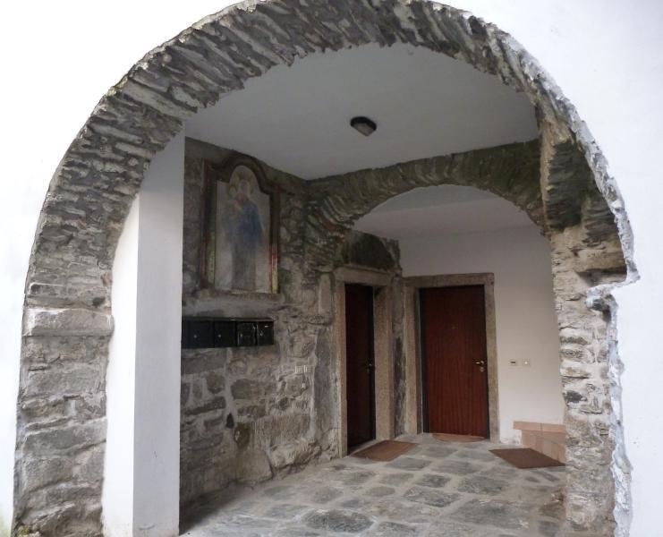 ingresso a casa donna Ginevra