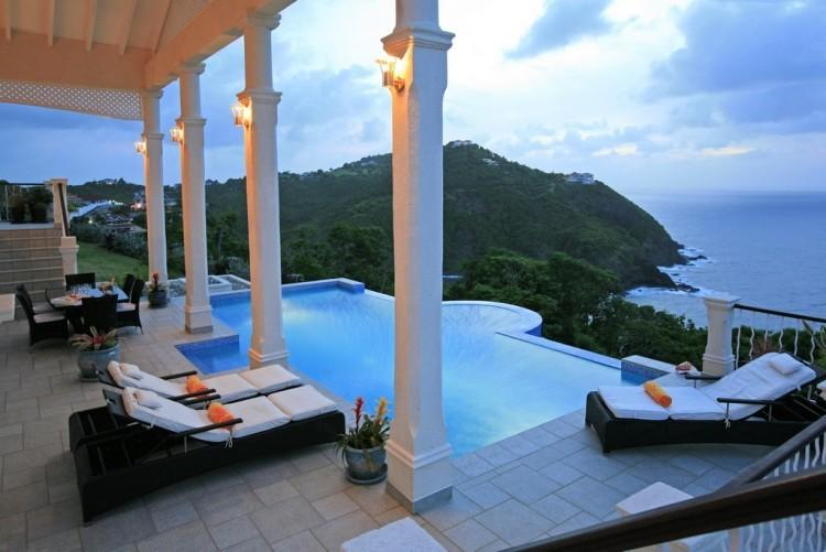 Cayman Villa- 4 bedroom- Cap Estate, location de vacances à Dennery
