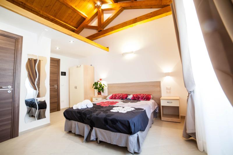 Stanza 2-4 letti con tutti i comfort, vakantiewoning in Marina di Nocera Terinese