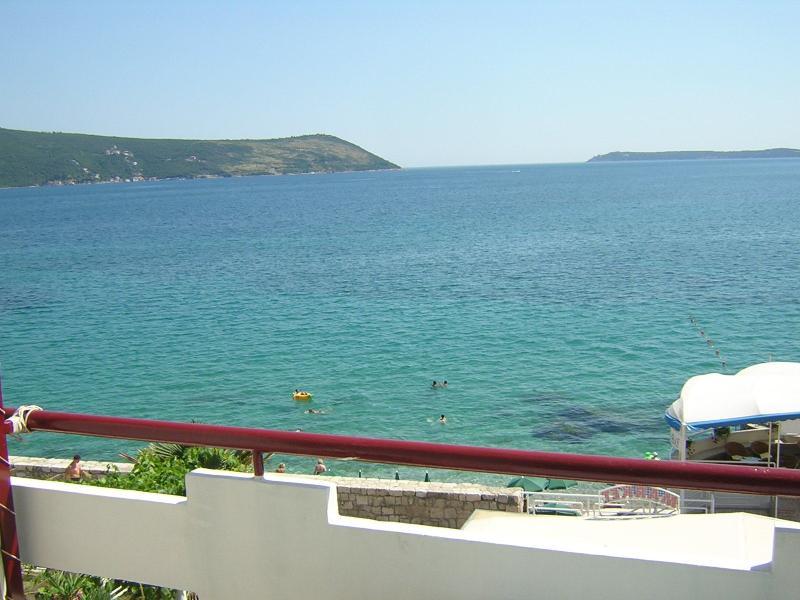 Sea view, balcony