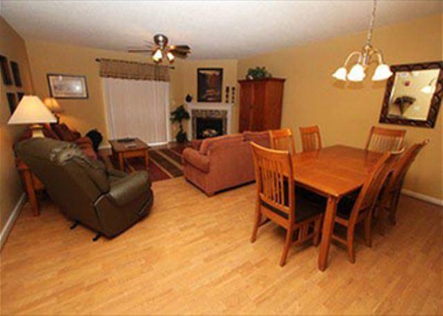 Área de comedor y sala de estar