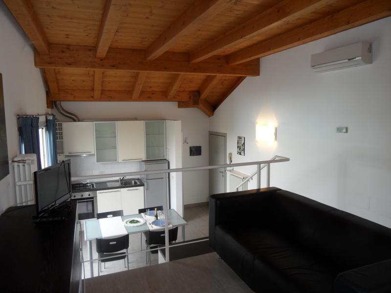 Monica Apartments - Sirmione, holiday rental in Sirmione