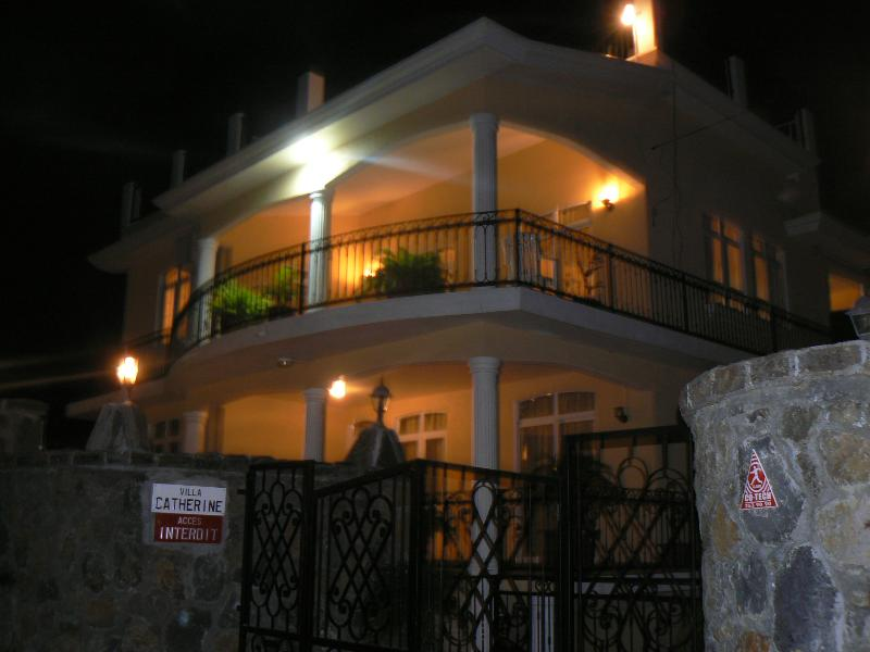 Villa Catherine nightview