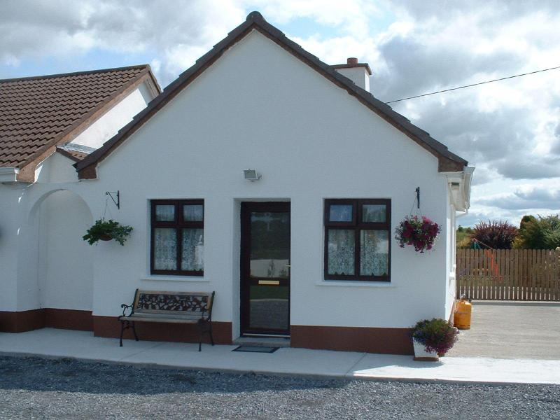 Mountain View Apt.,kinvara,, vacation rental in Kilchreest