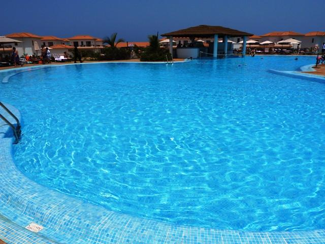 Resorts Pool with Swim Up Bar