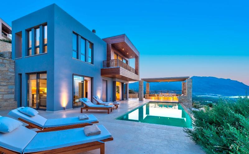 Youphoria villa Plethora, vacation rental in Kissamos