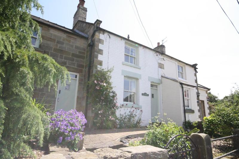 Wren Cottage is a very cosy traditional characterful Cottage.Located in Iburndale Sleights Nr Whitby