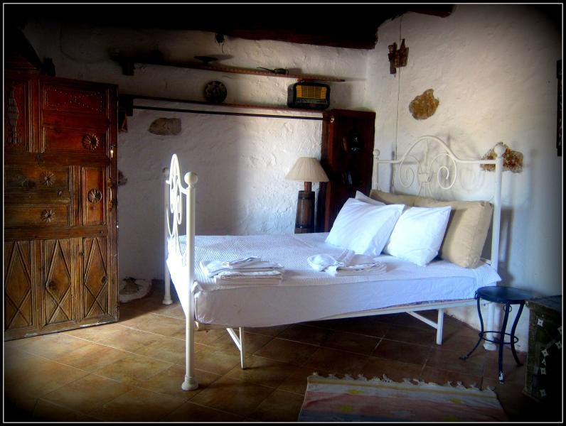 VINEYARD HOUSE, POOL, SEAVIEW, vacation rental in Yalikavak