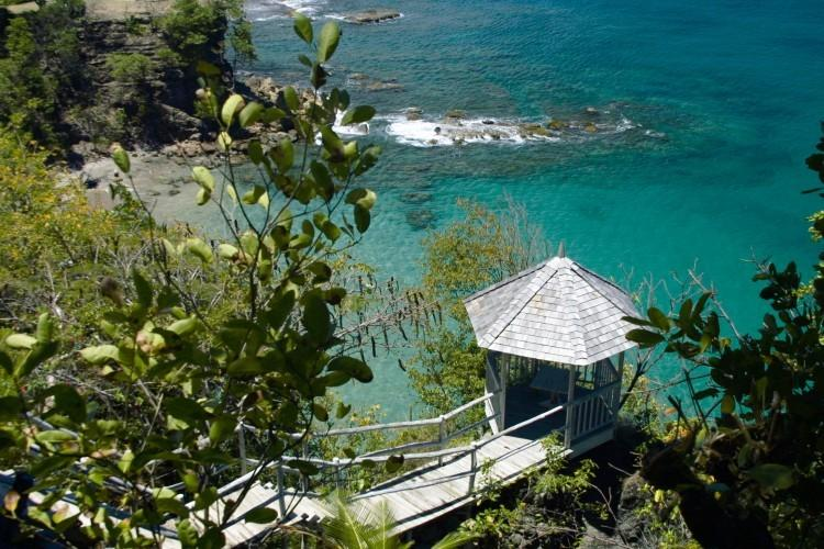 Smugglers Nest - Ocean Front - 2 bedrooms, location de vacances à Sainte-Lucie