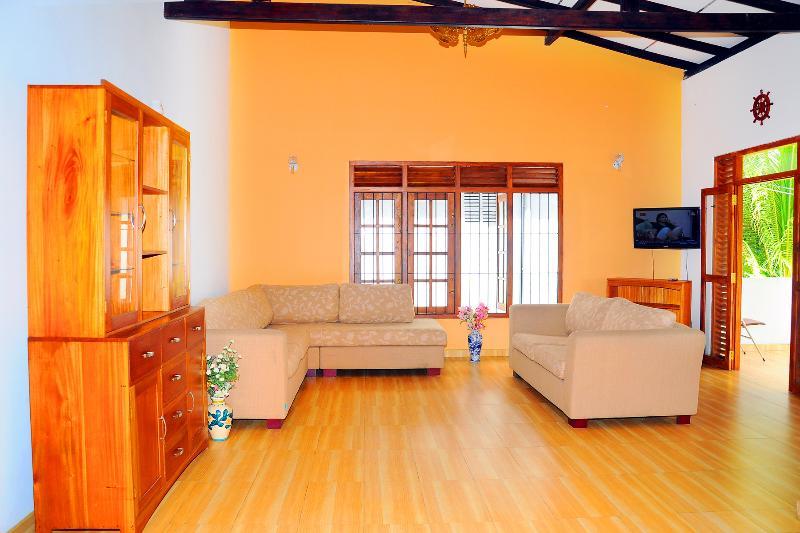 Spacious Two Bed Apartment near Galle City., aluguéis de temporada em Galle