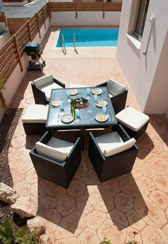 Enjoy dining al fresco