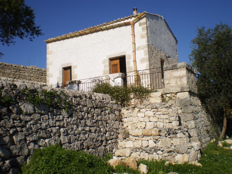 Casa di Jò, vacation rental in Frigintini