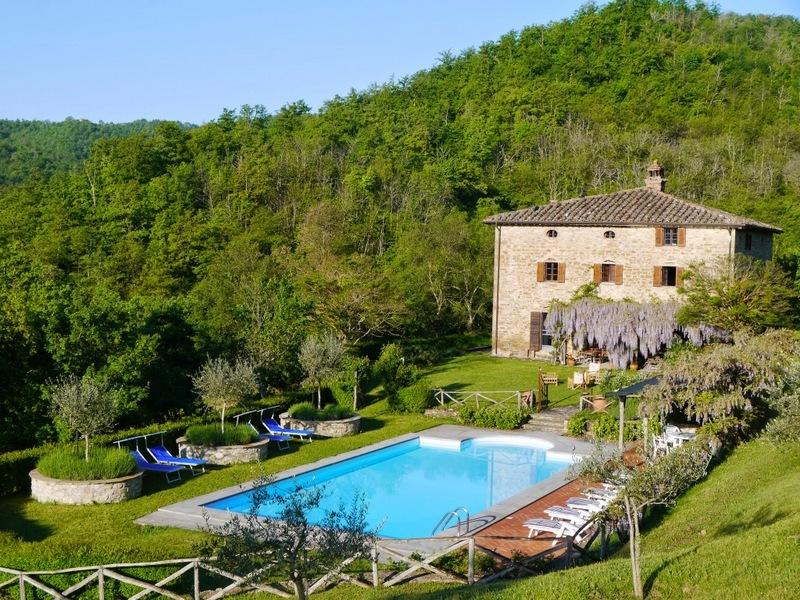Welcome to Casivieri, set in 30 acres of gardens, olive groves and truffle woods