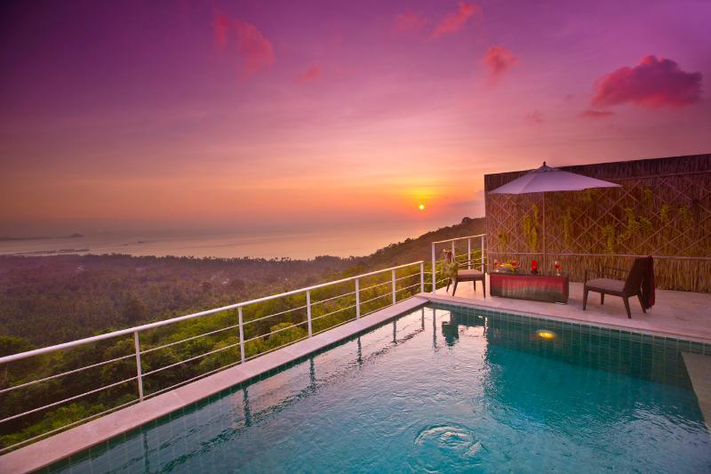 Impresionante puesta de sol en Amera!