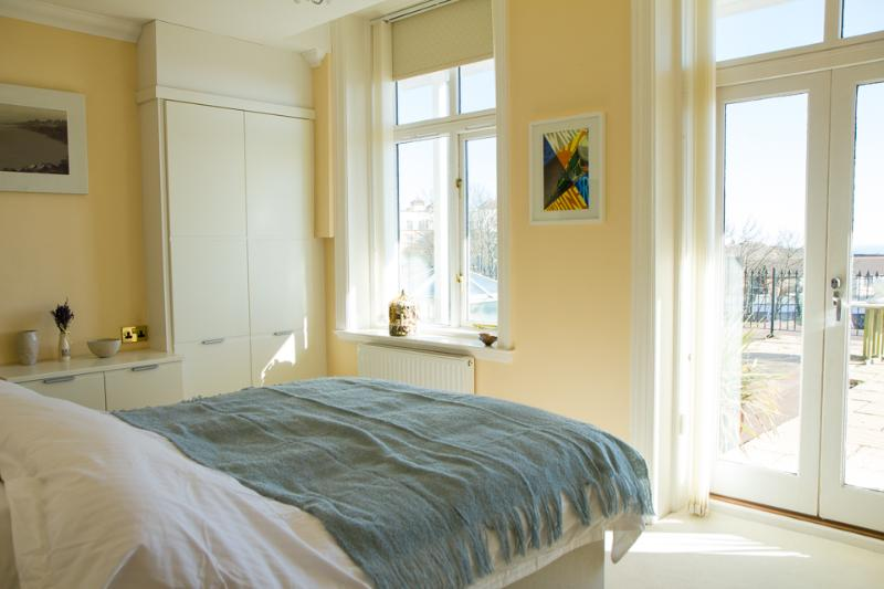 Master bedroom with sea views and direct access onto terrace.