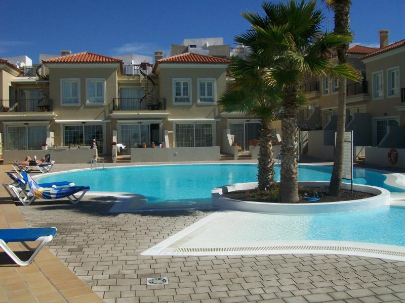 Pool area Terrazas del Faro