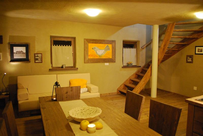 Spacious duplex near spa&golf, location de vacances à Prekmurje Region