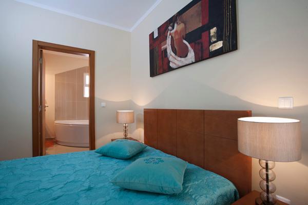 Bedroom 3 ensuite/jacuzzi