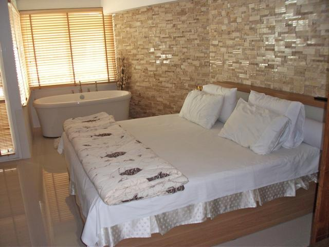 At only 100 m. from the beach!, vacation rental in Karon