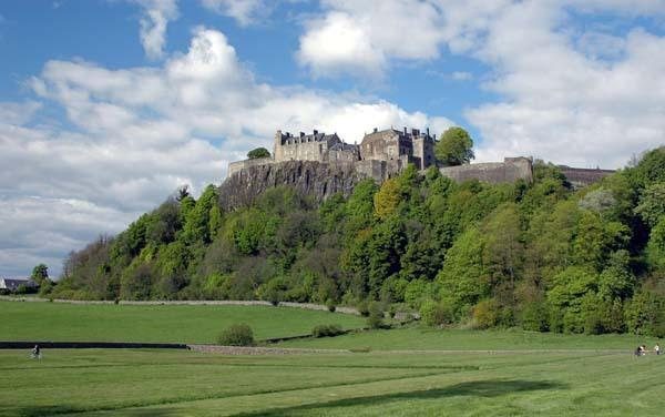 STIRLING CASTLE, ONE OF THE LARGEST & MOST IMPORTANT CASTLES IN SCOTLAND.