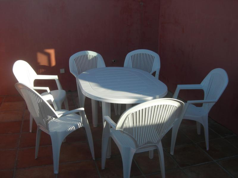 Roof terrace - front part (at sunrise) - back part is facing morning sun