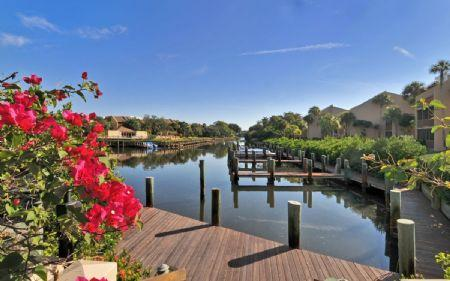 Boat Dock Rentals Available- Bayside