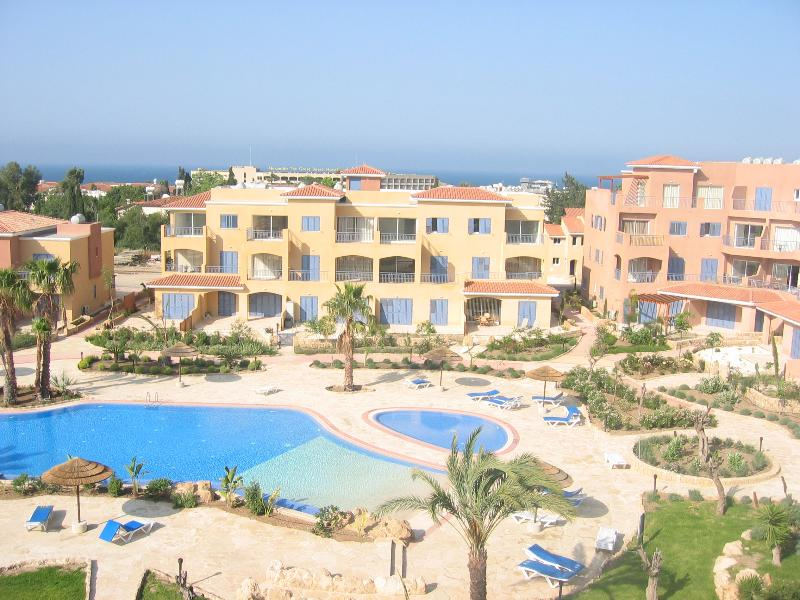 Limnaria Gardens C with Engish TV incl Sky Sport & Movies, vacation rental in Paphos