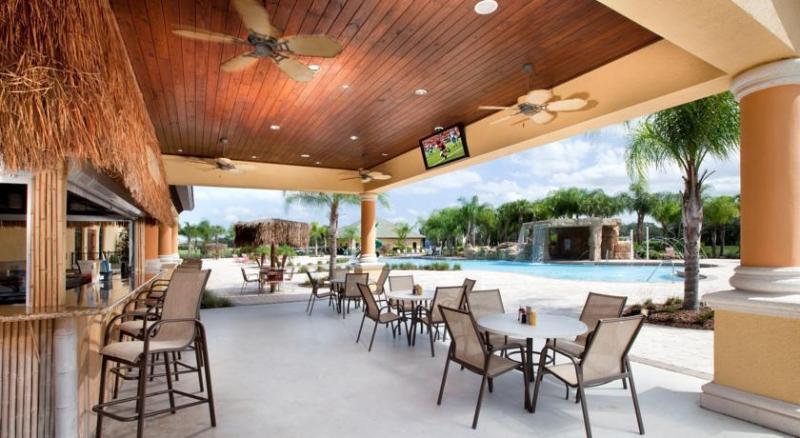 Tiki Bar & Main Pool