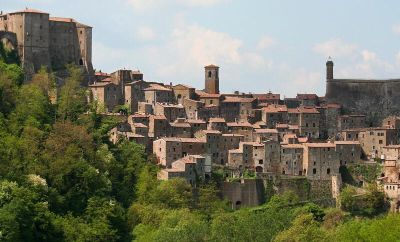 Pitigliano, one of the many local day trips in the area