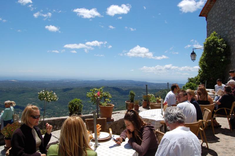 Un excellent dîner spot à la provençale de Taverne voisine Gourdon