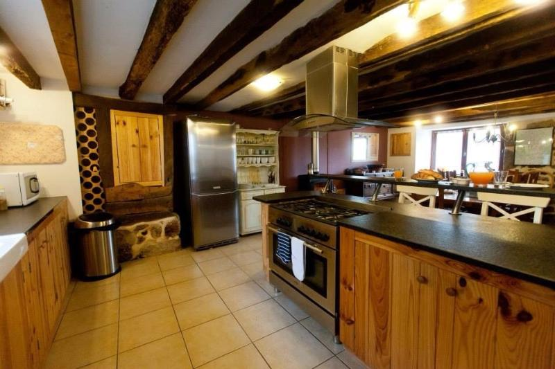 The Barn, vacation rental in Saint-Dizier-Leyrenne