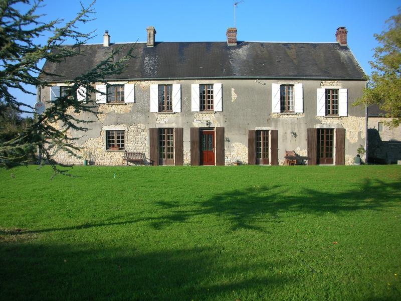 Les Tisserands farmhouse