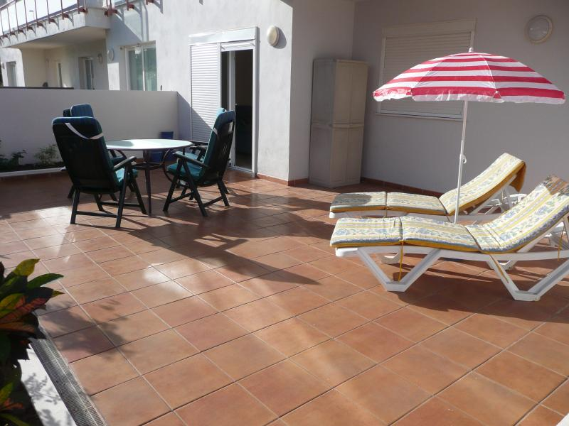 Teide View is a 2-bedroom Apartment with free Wi Fi, holiday rental in Playa San Juan