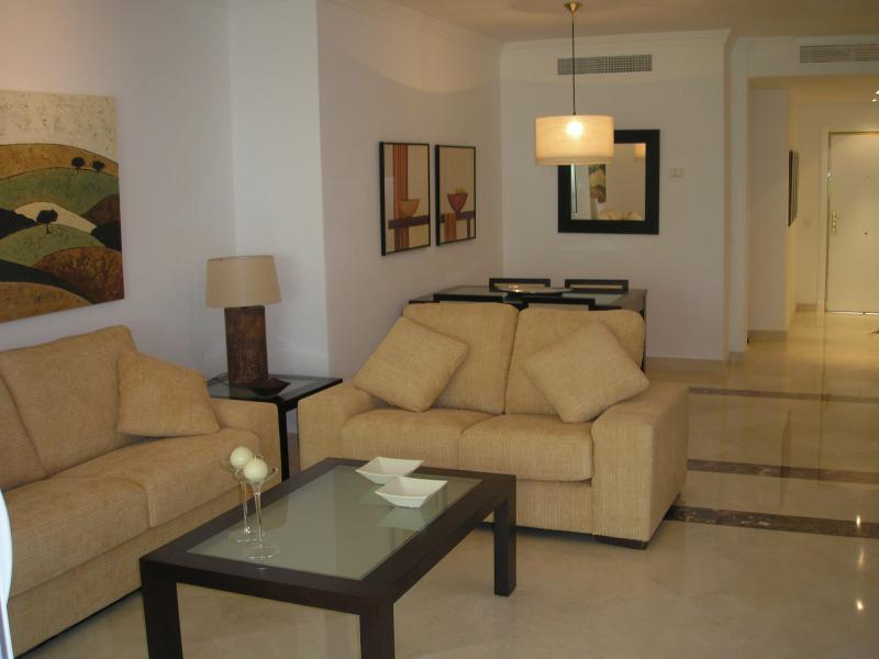 Lounge och matplats