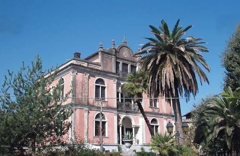 VILLA PETRI MINI, location de vacances à La Gabella