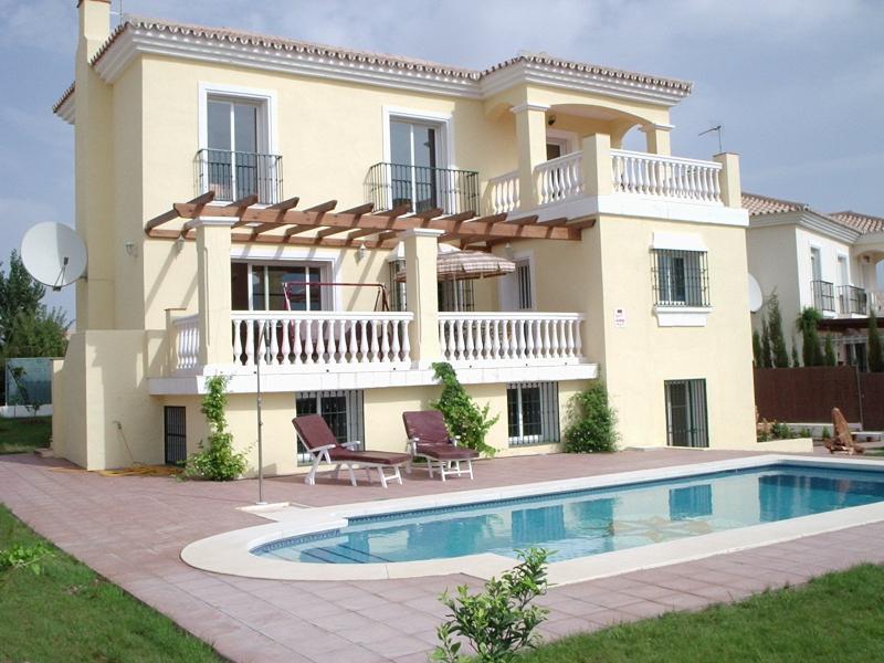 The spacious lovely Villa