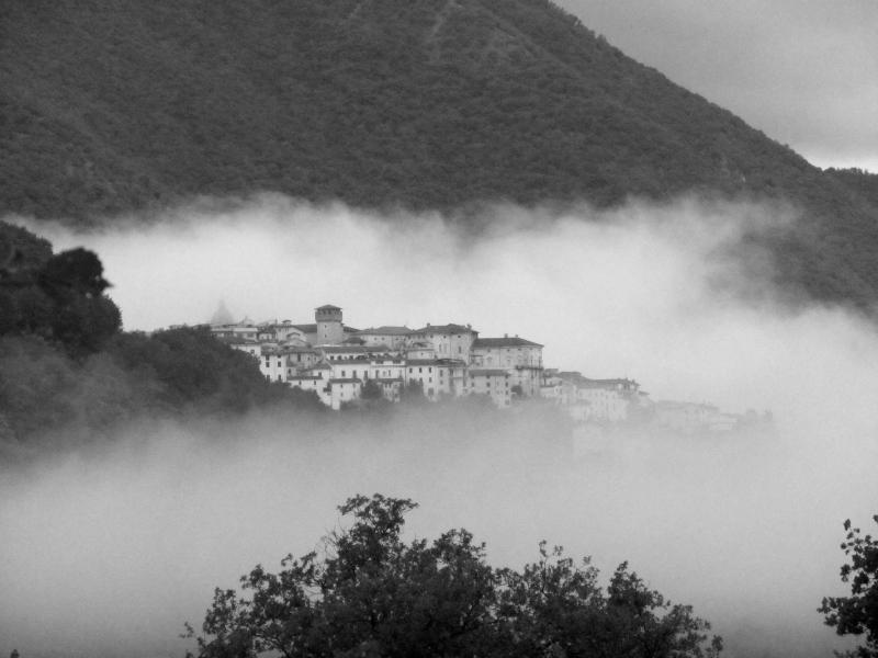 Atina - 4 minutes Drive To Amazing Mountain Top Village Where The Sabatini Family Live