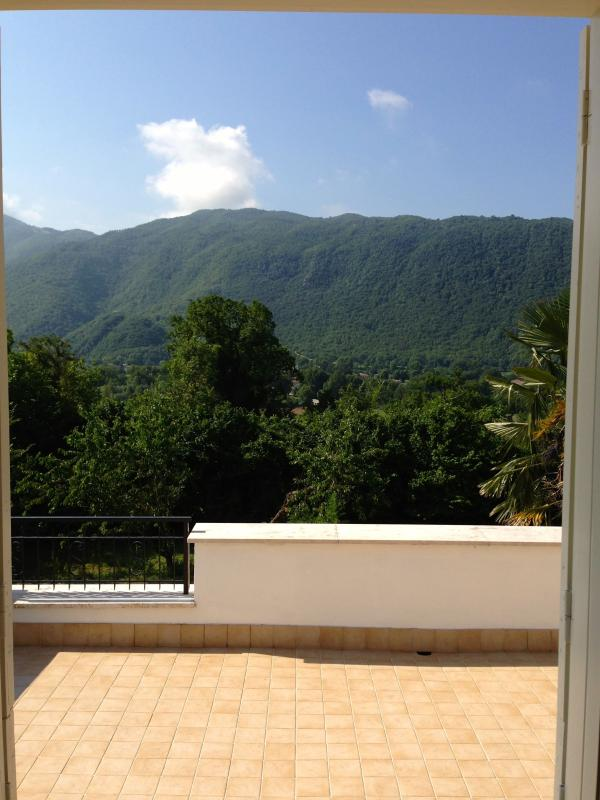 Roof Terrace From 2 Bedrooms Perfect For Sunbathing & Relaxing