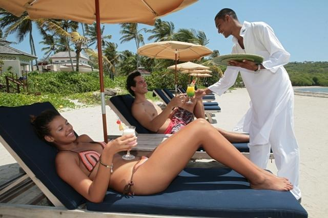 Enjoy a beverage on the beach without having to leave your sunbed