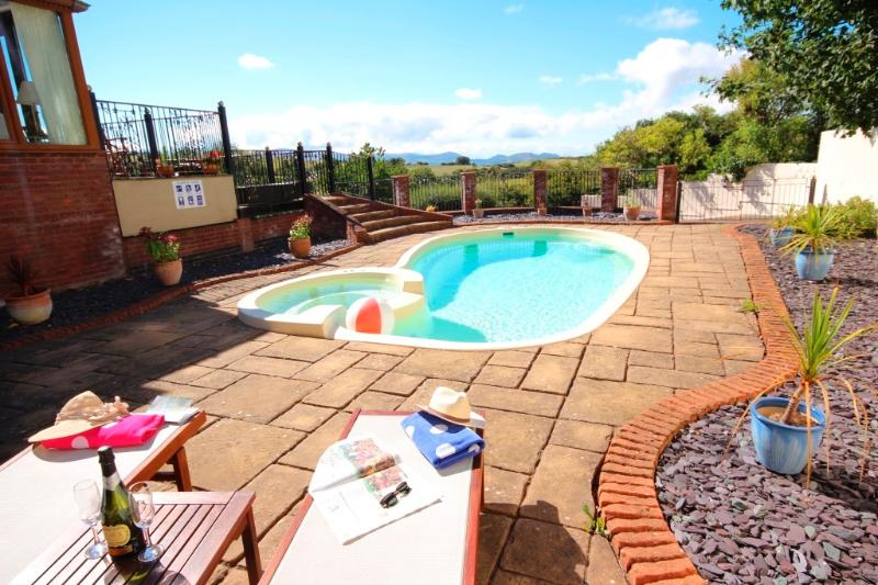 Large Private Home Sleeps 12 With Outdoor Heated Swimming Pool Views Updated 2019