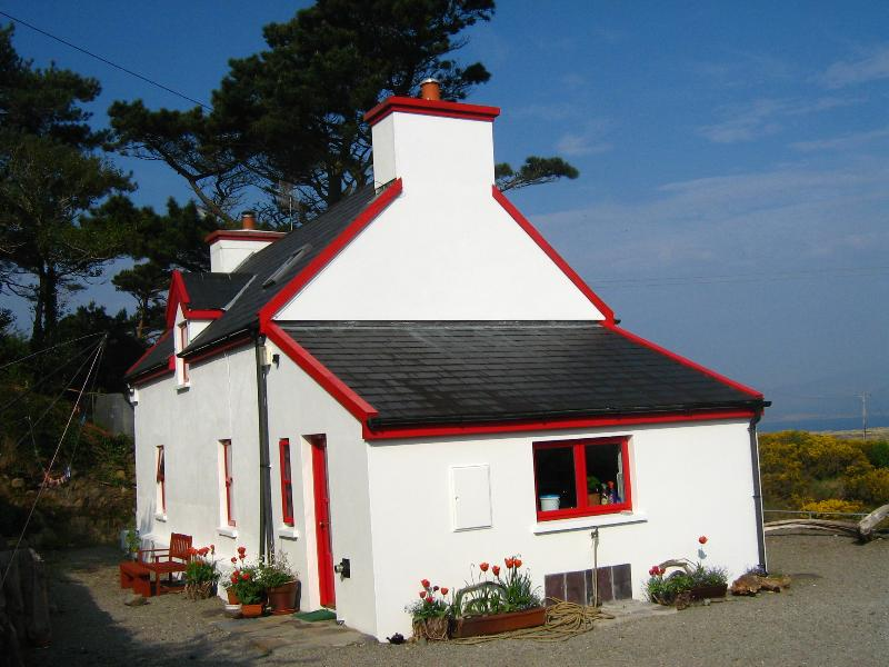 cottage by the sea over harbour and kenmare bay updated 2019 rh tripadvisor ie