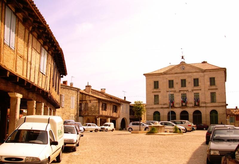 The square in Montpezat de Quercy 4 km away