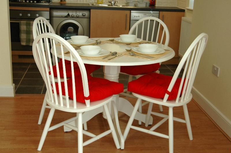 Dining area - Table for four.