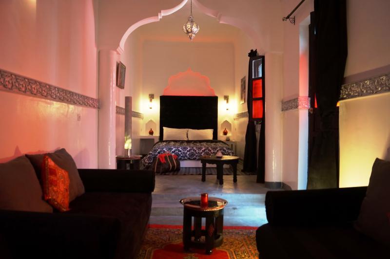 bahia :      double room      (maxi 4 pers)