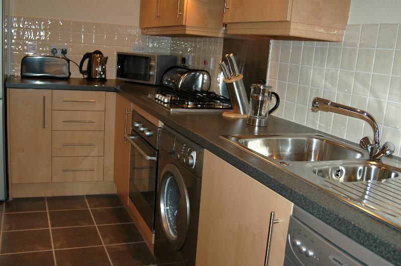 Kitchen - Well equipped to try your culinary skills