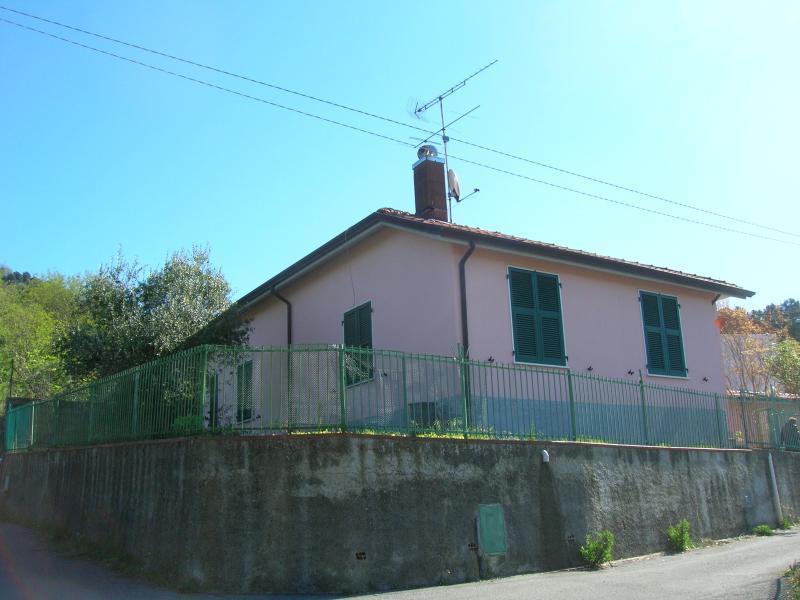 casa canevella, location de vacances à Montedivalli Chiesa