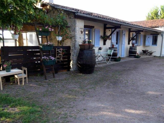 Gites Les Pins, holiday rental in Millac