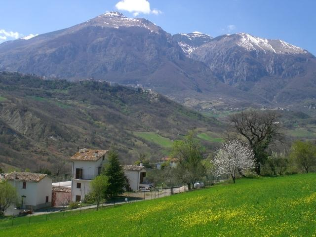 The Martellese sits in rolling hills with the dramatic backdrop of the Maiella mountain range