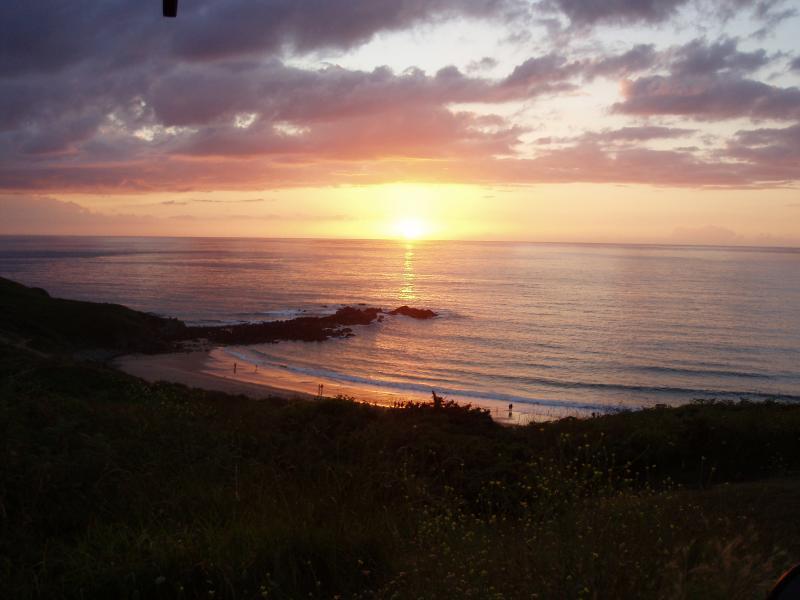 Stunning Beach at Cap Frehel, 1 hr towards the North
